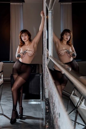 Anne-violaine escort girl, thai massage